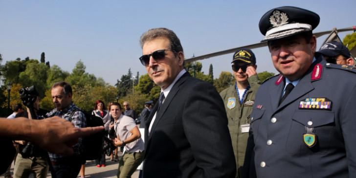 Χρυσοχοΐδης: Θα συλλαμβάνεται όποιος χρησιμοποιεί φονικά όπλα εναντίον αστυνομικών