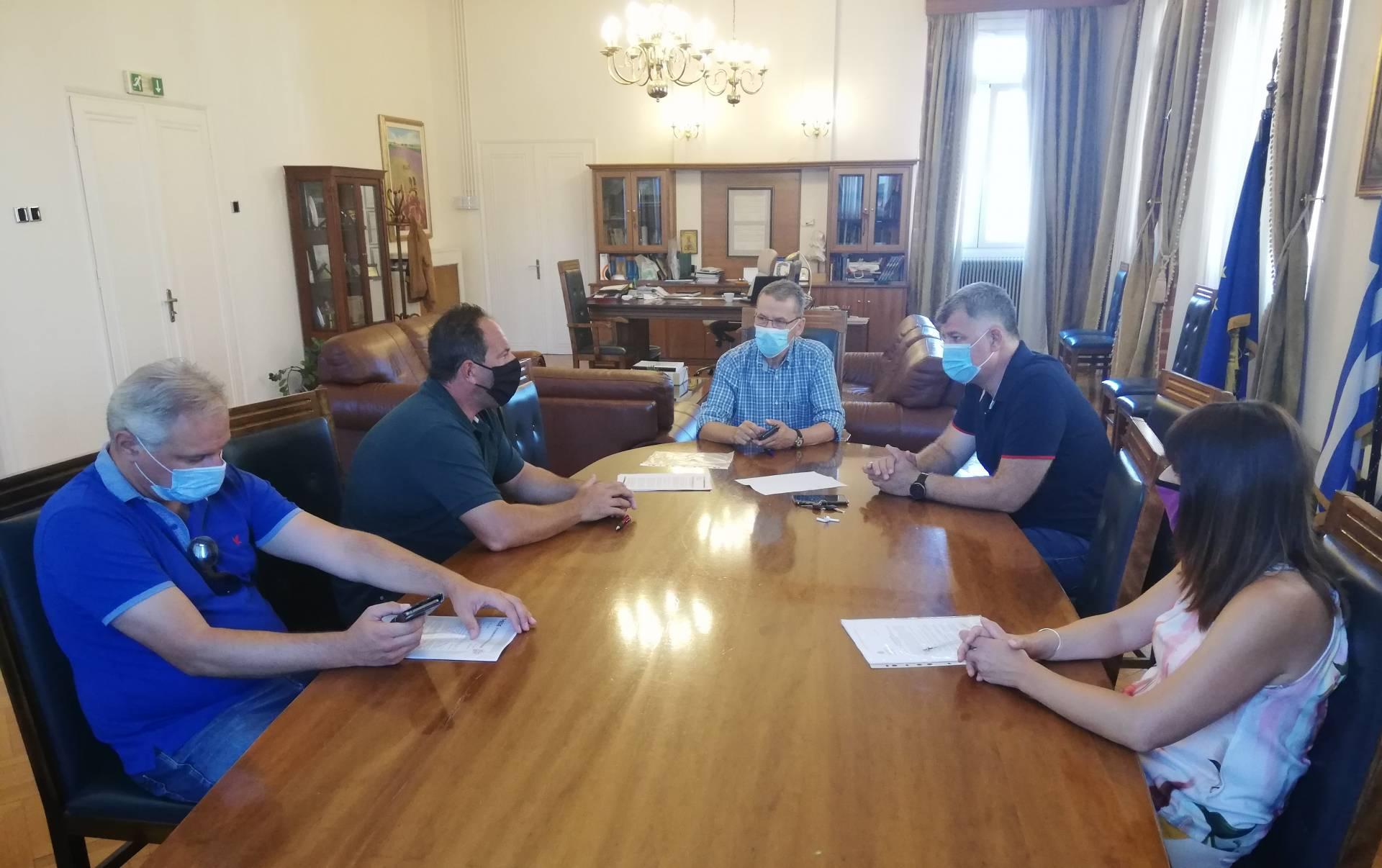 Δήμος Κοζάνης: Αποκαθίσταται ο δρόμος Χρωμίου – Ποντινής που είχε καταστραφεί από τις πλημμύρες του 2016-Υπεγράφη η σύμβαση του έργου
