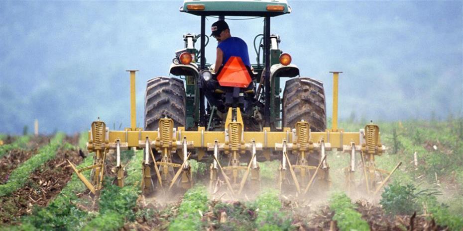 Φρένο στις αθέμιτες πρακτικές εμπόρων σε βάρος των αγροτών