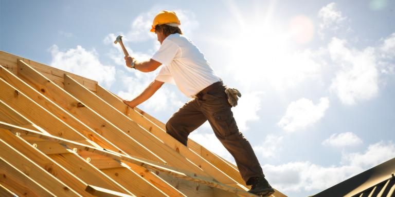 Επενδύσεις ύψους 500 εκατ. ευρώ για εξοικονόμηση ενέργειας σε κτίρια του Δημοσίου