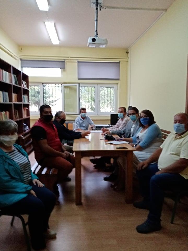 Συνάντηση του Διευθυντή Πρωτοβάθμιας Εκπαίδευσης με τον Αντιδήμαρχο Παιδείας στο Δήμο Δεσκάτης