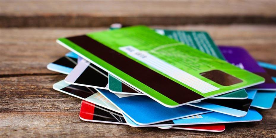 Ανέπαφες οι συναλλαγές ως 50€ με κάρτες ως τα τέλη του έτους