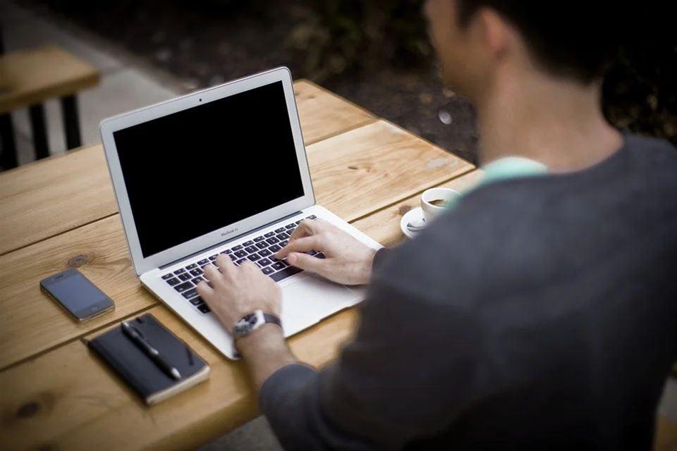 Έως 29 Σεπτεμβρίου ηλεκτρονικά οι εγγραφές των πρωτοετών στα ΑΕΙ