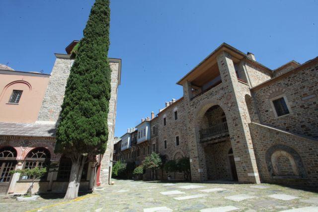 Κοροναϊός: Σε καραντίνα η μονή Αγίου Παύλου του Αγίου Όρους – Οκτώ κρούσματα