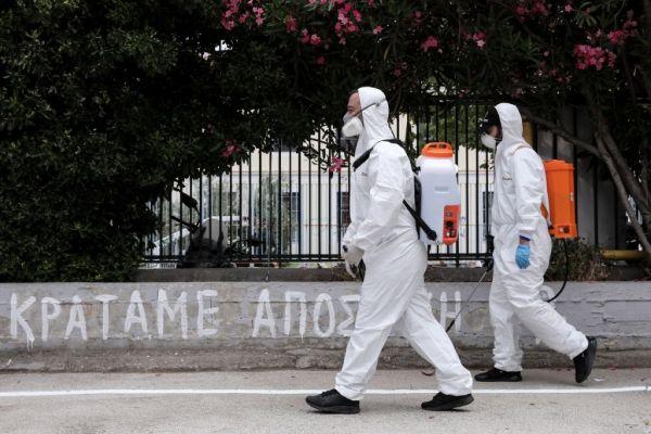 Κοροναϊός: Ανησυχούν οι εστίες υπερμετάδοσης σε εργοστάσια – Πώς σπάσαμε το όριο των 300 κρουσμάτων