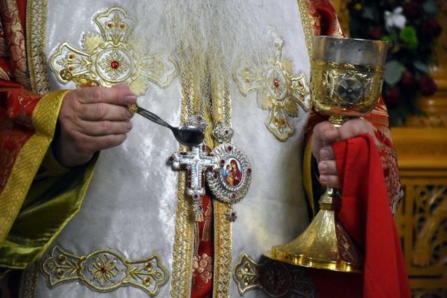 Koροναϊός και εκκλησία : Τι δείχνουν τα στοιχεία για τους ασθενείς κληρικούς