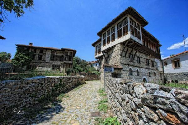 Πόλη Καστοριάς: Το Ντολτσό και το Απόζαρι