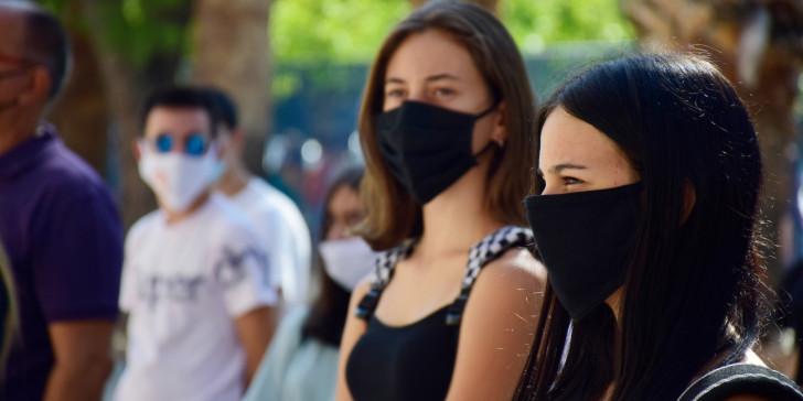 Κορωνοϊός: Δημοσιεύθηκαν στο ΦΕΚ τα νέα μέτρα προστασίας -Τι ισχύει για χρήση μάσκας και μετακινήσεις