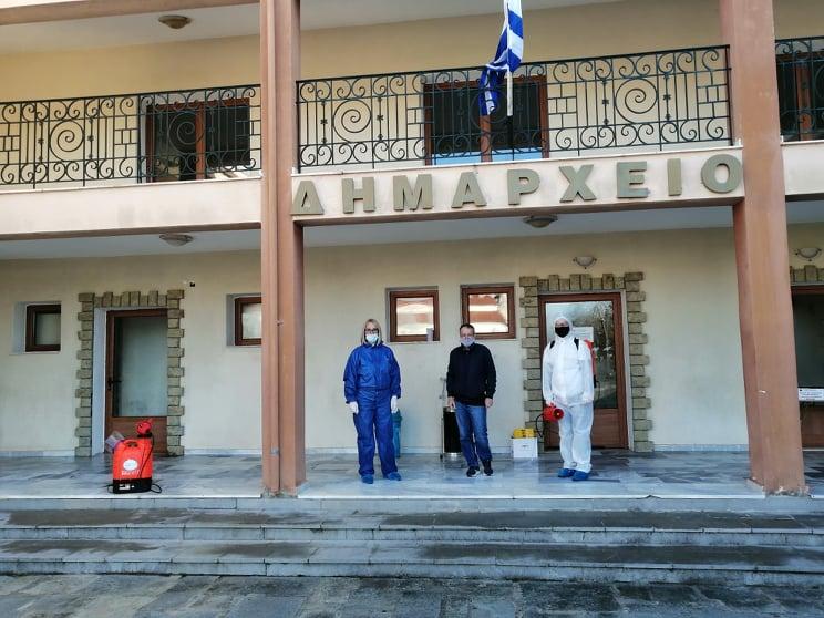 Απολύμανση πραγματοποιήθηκε στο Δήμο Δεσκάτης λόγω των αυξημένων κρουσμάτων covid-19