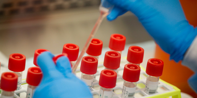 Κατά 90% αποτελεσματικό το εμβόλιο της Pfizer, σύμφωνα με το CNN