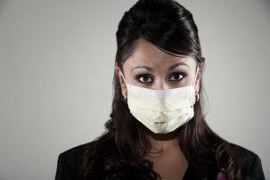 Γιατί όσοι κάνουν εμβόλιο πρέπει να φορούν μάσκα