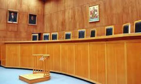 Lockdown: Την πλήρη λειτουργία των δικαστηρίων ζητούν οι δικηγόροι