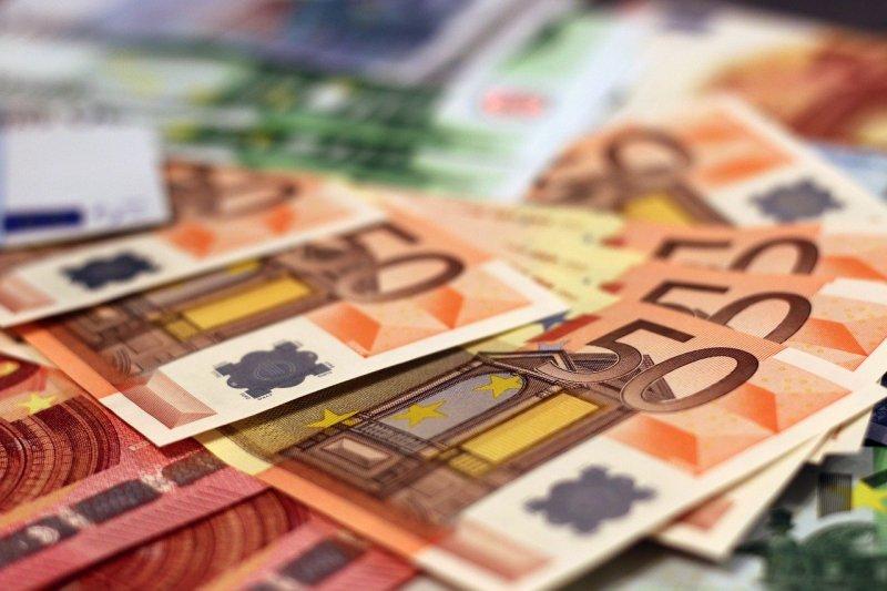 Επίδομα 534 ευρώ: Πληρώνονται την Παρασκευή οι δικαιούχοι Φεβρουαρίου