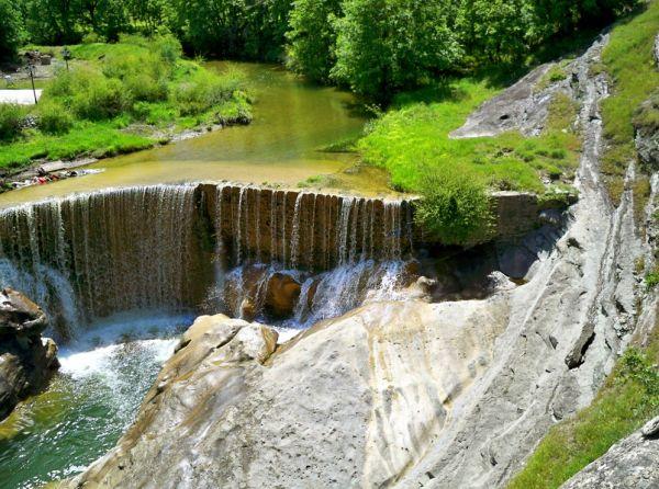 Χρυσαυγή Κοζάνης: Το όμορφο γεφύρι, ο νερόμυλος και ο καταρράκτης