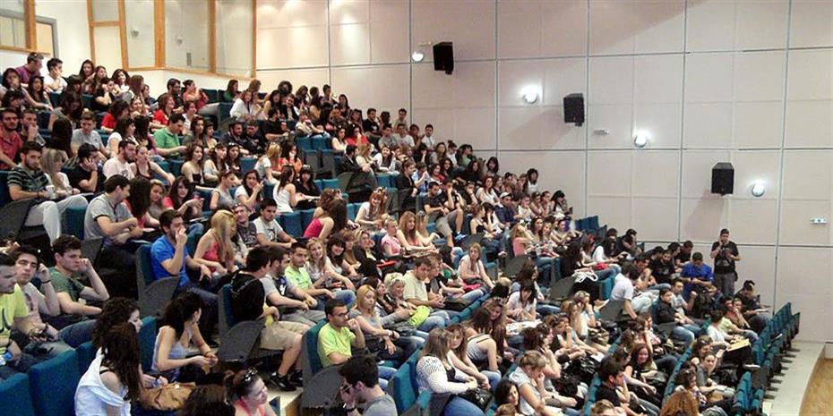 Λ. Λοϊζος: Τα ελληνικά πανεπιστήμια μπορούν να ελκύσουν φοιτητές εξωτερικού