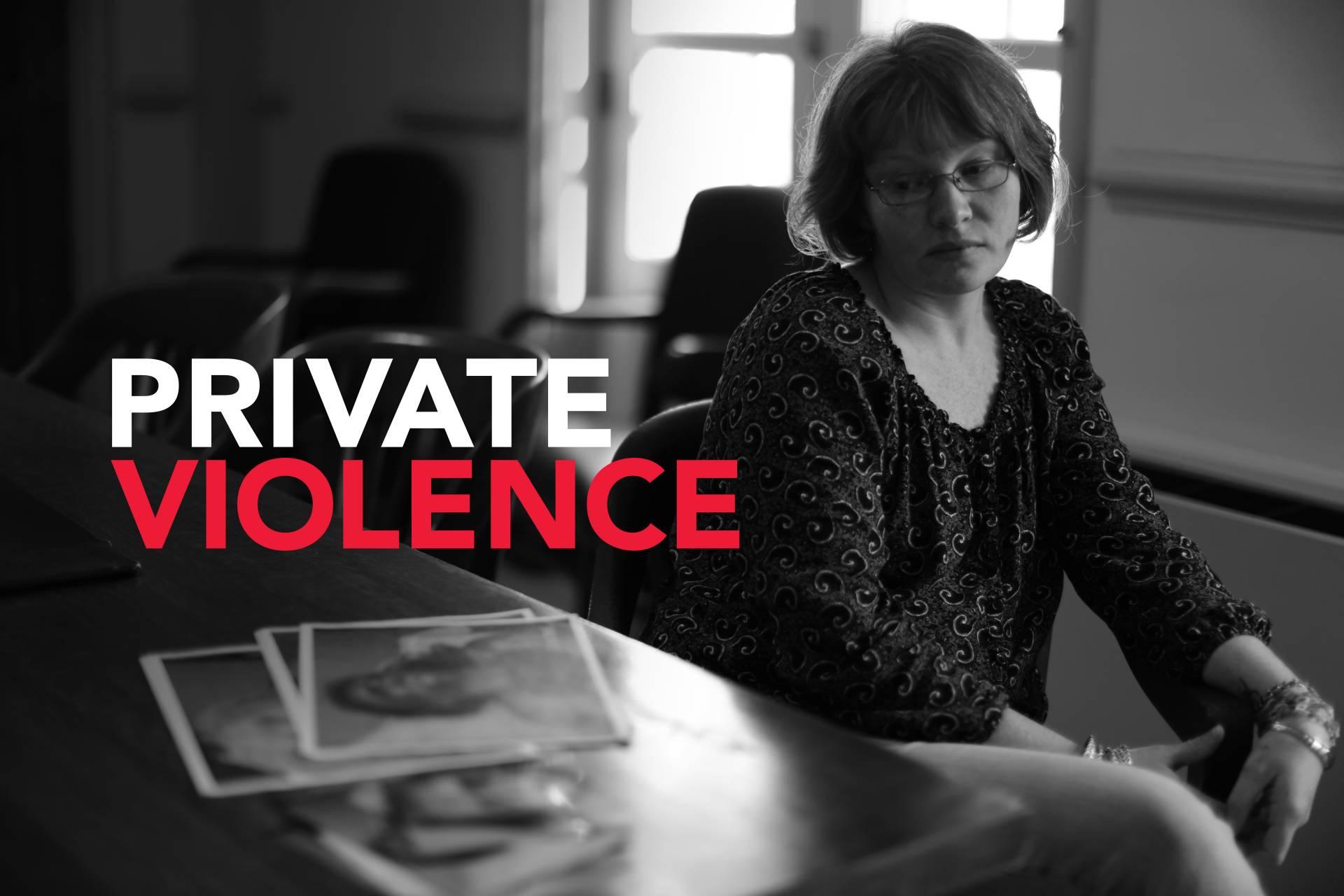 ΕΡΤ3: «Πίσω από την κλειστή πόρτα»,  ντοκιμαντέρ για την ενδοοικογενειακή βία