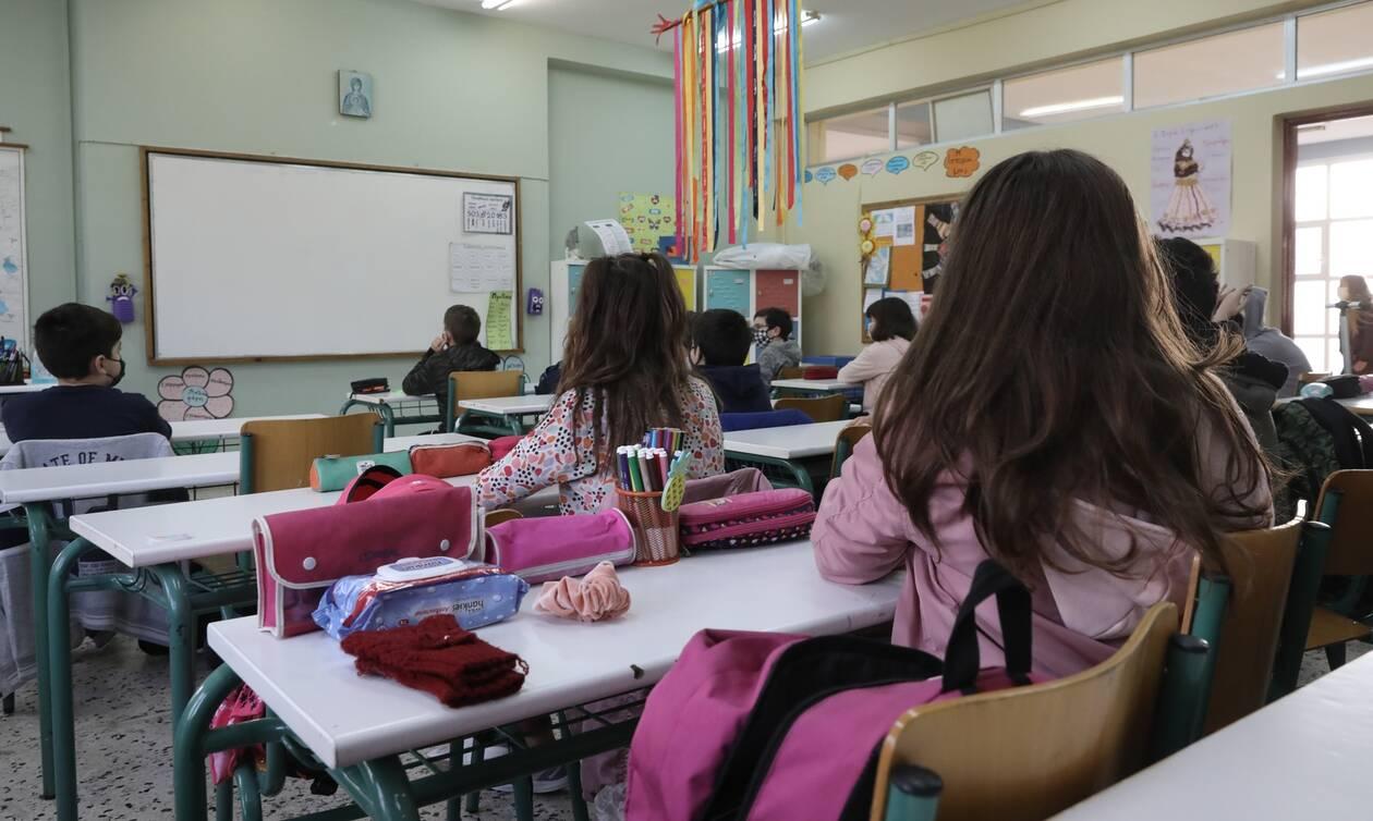 «Έκρηξη» κρουσμάτων κορωνοϊού στα παιδιά έως 9 ετών – Αύξηση 11% σε μια εβδομάδα