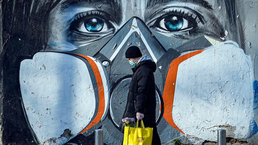 The Atlantic: Σε έναν χρόνο η ζωή θα είναι όπως πριν από την πανδημία – Πώς θα κυλήσουν οι επόμενοι μήνες
