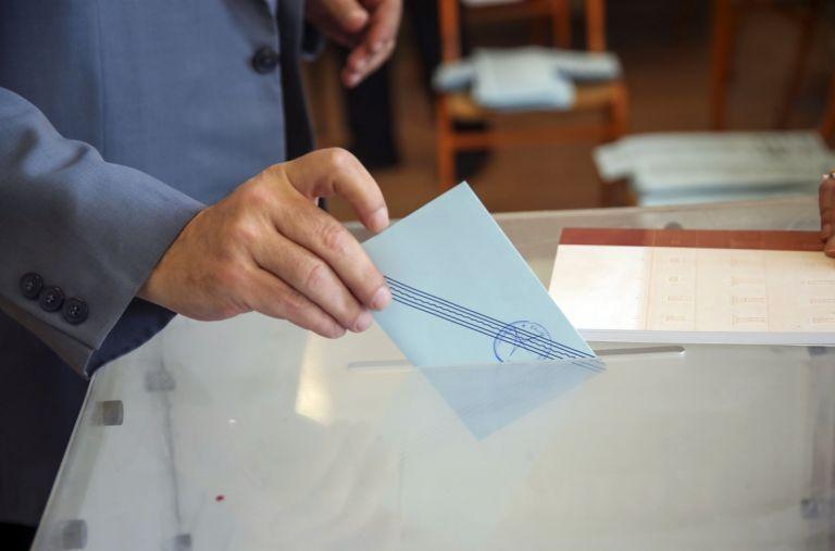 Τι αλλάζει το νομοσχέδιο «Εκλογή Δημοτικών και Περιφερειακών Αρχών»