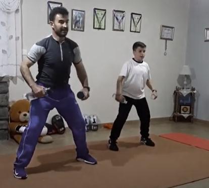 Β. Τσέπιδης: Πρόγραμμα γυμναστικής για το σπίτι με 2 μπουκάλια νερό. Φυσική δραστηριότητα,Υγεία και Πανδημία