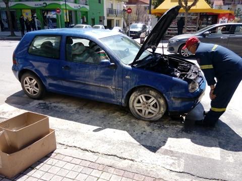 Γρεβενά: Φωτιά σε Ι.Χ. αυτοκίνητο επί της οδού Κ. Ταλιαδούρη (Βίντεο – Φωτογραφίες)