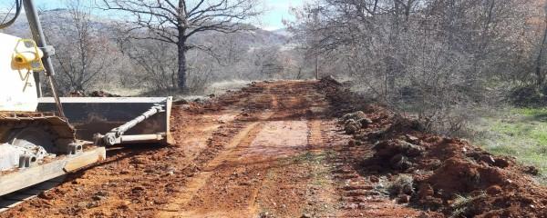 Ολοκληρώθηκαν οι εργασίες διάνοιξης και συντήρησης δρόμου που οδηγεί στα φώτα Εμποδίων του Αεροδρομίου Καστοριάς