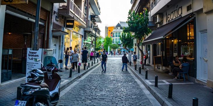 Ανοίγει το λιανεμπόριο στην Κοζάνη- Μόνο με click away