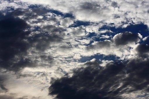 Χαλάει ο καιρός: Έρχονται βροχές και καταιγίδες το Σάββατο- Που αναμένονται τα φαινόμενα
