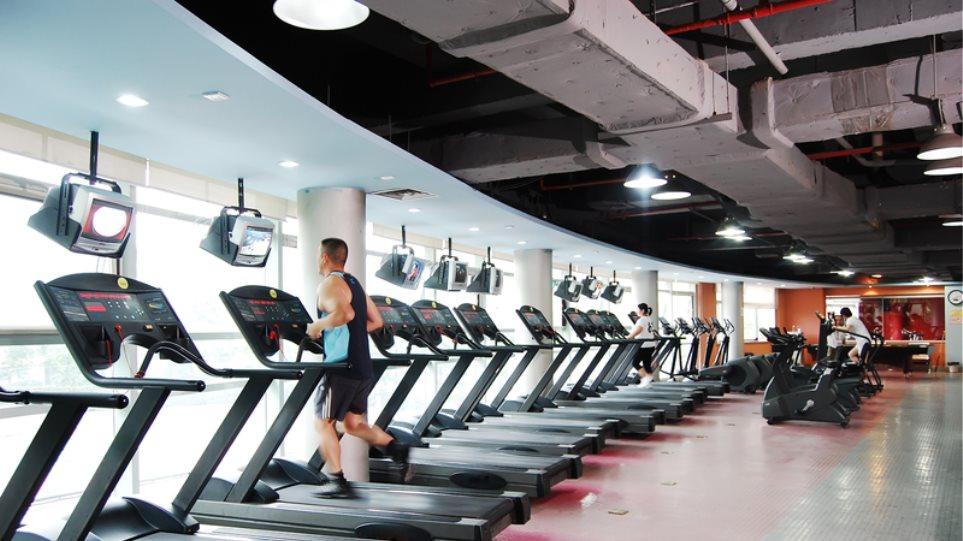 Επανεκκίνηση για γυμναστήρια και γήπεδα 5Χ5 από Δευτέρα