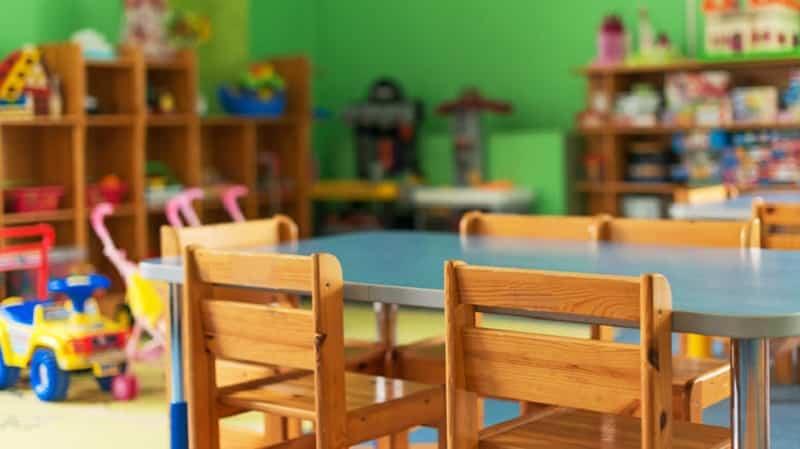 Πώς θα ανοίξουν τη Δευτέρα οι βρεφονηπιακοί σταθμοί: Χωρίς self test για τα παιδιά