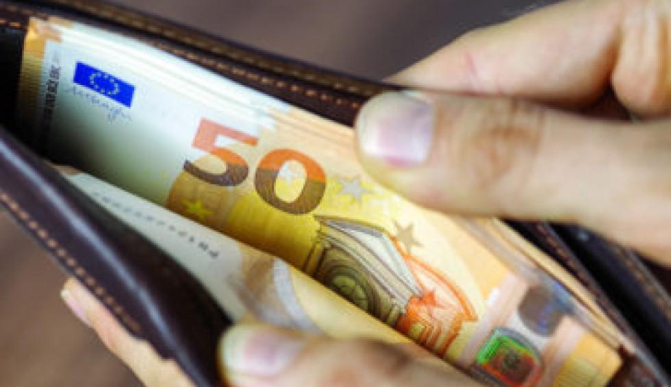 Οφειλές προς την εφορία: Πώς θα ρυθμίσετε τα χρέη