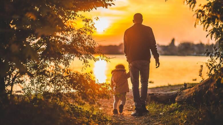 Εργασιακό νομοσχέδιο: Τι αλλάζει με τις γονικές άδειες -Θεσπίζεται πρώτη φορά 14ημερη άδεια πατρότητας