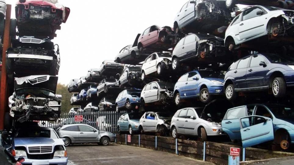 Αυτοκίνητα: Σχέδιο απόσυρσης παλαιών ΙΧ στον νέο κλιματικό νόμο