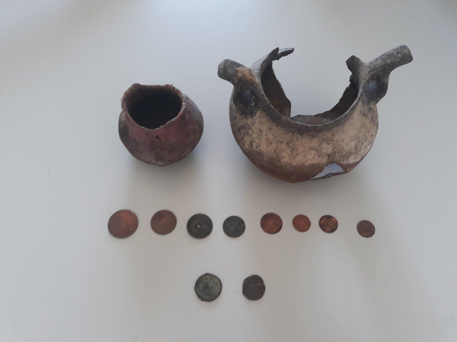 Φλώρινα: Μεγάλες ποσότητες πολεμικού υλικού καθώς και αντικείμενα αρχαιολογικής αξίας, βρέθηκαν και κατασχέθηκαν σε οικία
