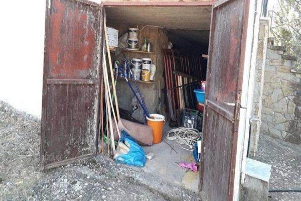 Σιάτιστα: Διέρρηξαν την αποθήκη στον Άγιο Νεκτάριο – (Φωτογραφία)