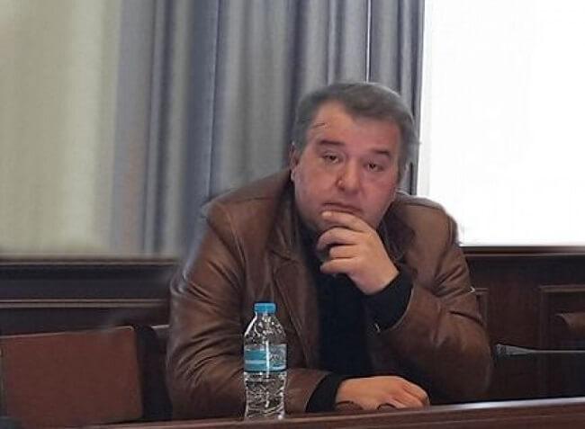 Έφυγε σήμερα απο την ζωή σε ηλικία 51 ετών ο πρώην Δημοτικός Σύμβουλος του Δήμου Γρεβενών Απόστολος Τζουβάρας