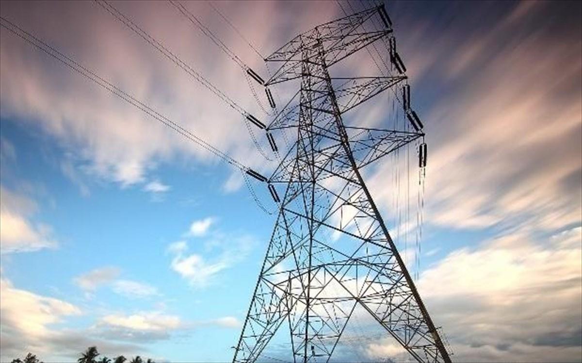 Ηλεκτρικό ρεύμα: Τι θα ισχύσει για όσους δεν είναι στη ΔΕΗ- Στελέχη εναλλακτικών παρόχων εξηγούν