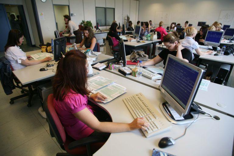 Βορίδης: Πρόστιμα 300 ευρώ την εβδομάδα σε δημόσιους υπαλλήλους που δεν κάνουν τεστ