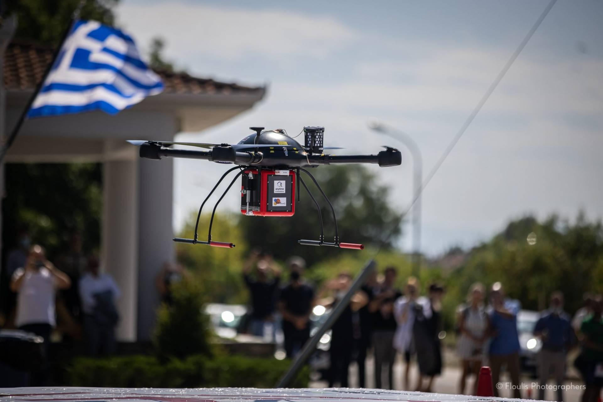 Τα Τρίκαλα πρωτοπορούν – Μοιράζουν φάρμακα με drone