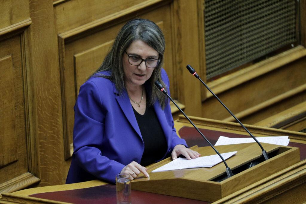 Ολυμπία Τελιγιορίδου: Τίτλοι τέλους για την Καστοριά με το σχέδιο της ΝΔ για την απολιγνιτοποίηση