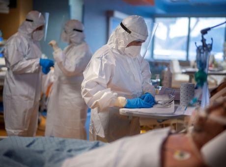 Λουκίδης: Τρίτη δόση εμβολίου οπωσδήποτε για τους υγειονομικούς
