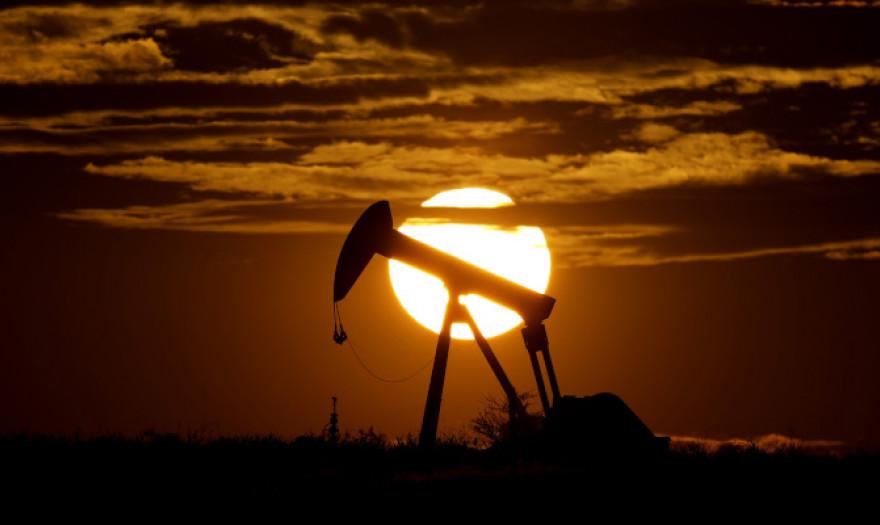 Ράλι στις τιμές του πετρελαίου: Πάνω από τα 80 δολάρια η τιμή του Μπρεντ
