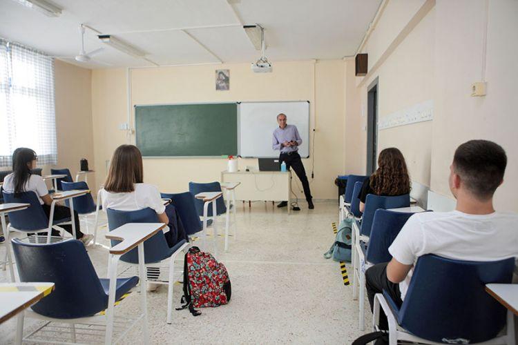 Κορονοϊός – Σχολεία: Ενημέρωση του ΕΟΔΥ κάθε Τετάρτη για τους μαθητές 4 – 17 ετών που νοσούν