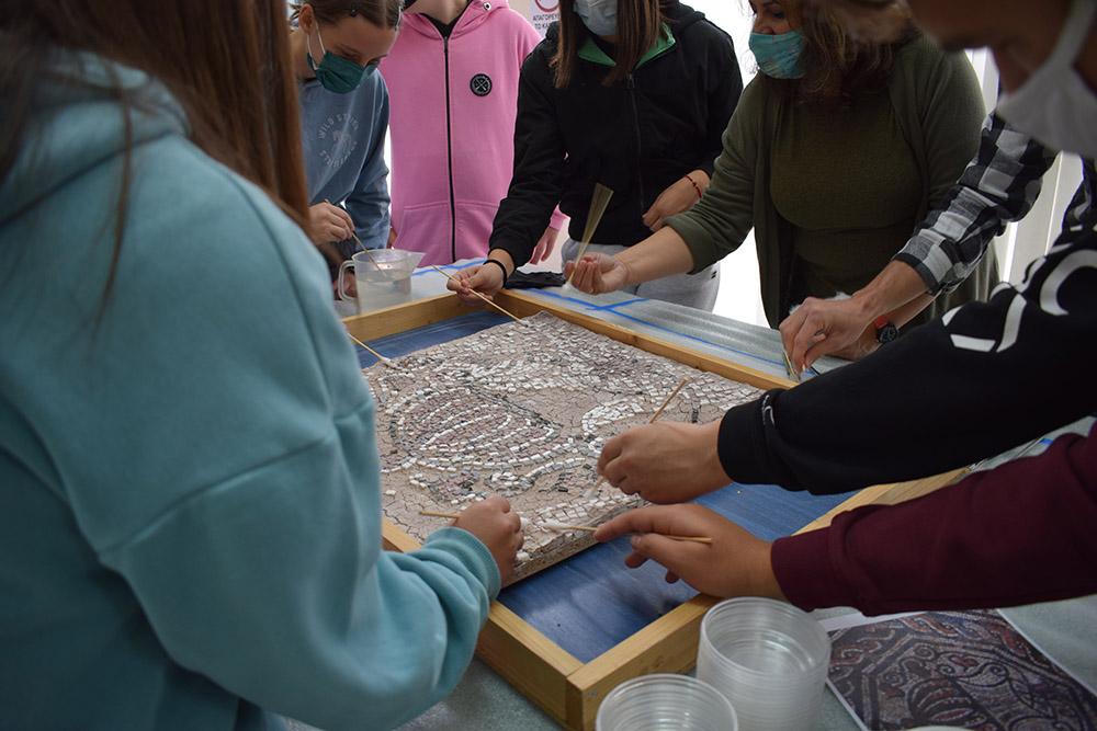 Εφορεία Αρχαιοτήτων Κοζάνης: Με επιτυχία ολοκληρώθηκε η εκπαιδευτική δράση «Ο πολυσχιδής κόσμος της συντήρησης»
